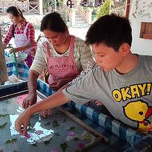 Saa paper handicraft factory in Ban Xang Khong