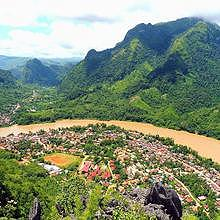 View of the village of Nong Khiaw