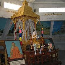2nd floor of Vat Phon Phao, Buddhist temple architectures in Asia